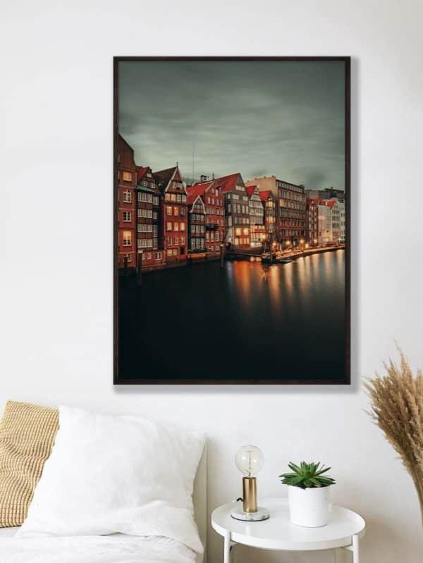tombaenre-wandbild-wohndeko-kunstdruck-hamburg-bilder-poster-alu-verbund-nikolaifleet-bei-nacht-2-8